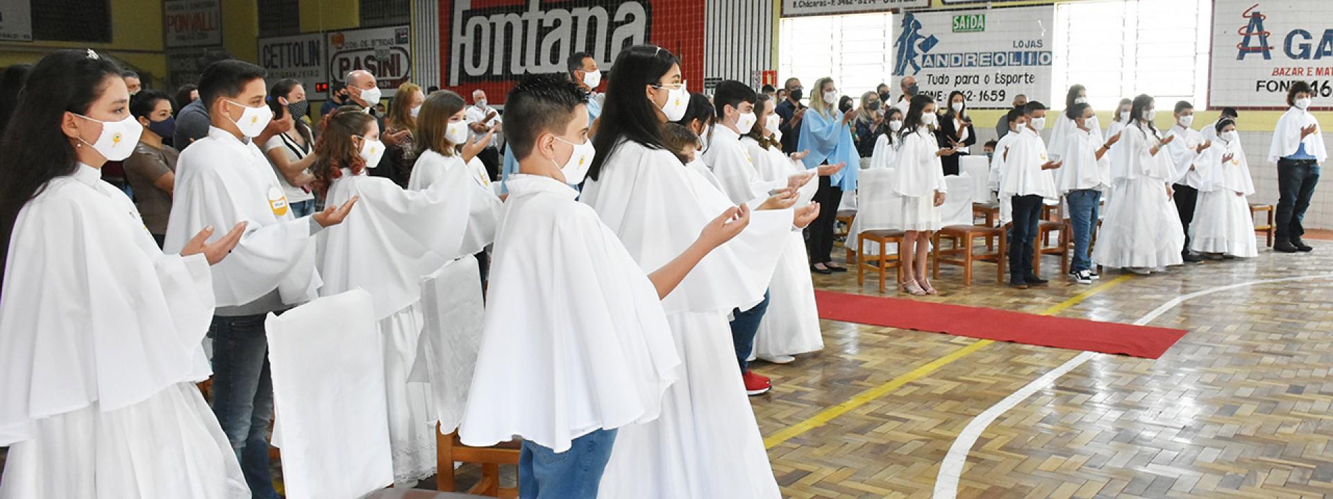 primeira-eucaristia-no-bairro-chacaras-2020_10_3723.jpg