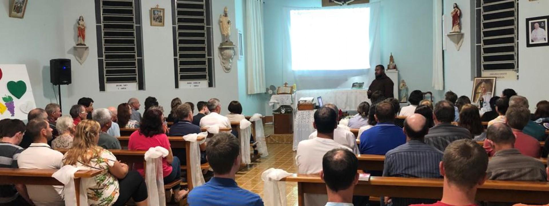 santo-antonio-do-araripe-recebe-missoes_10_2726.jpg