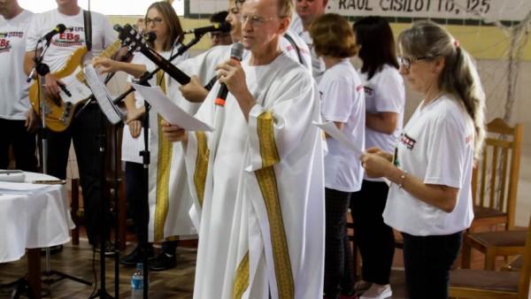 13-encontro-diocesano-de-comunidades_10_3295.jpg