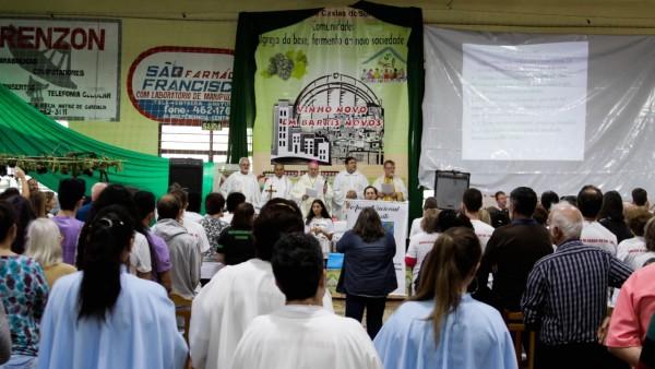 13-encontro-diocesano-de-comunidades_10_3299.jpg