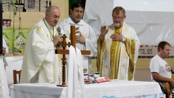 13-encontro-diocesano-de-comunidades_10_3334.jpg