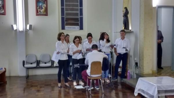 comunidade-do-bairro-alfandega-celebra-a-chegada-do-cristo-ressuscitado_10_878.jpg