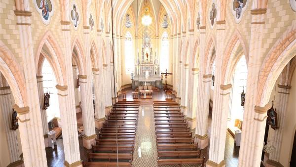 paroquia-sao-pedro-de-garibaldi-conclui-obra-de-restauro-da-igreja-matriz_10_3349.jpg