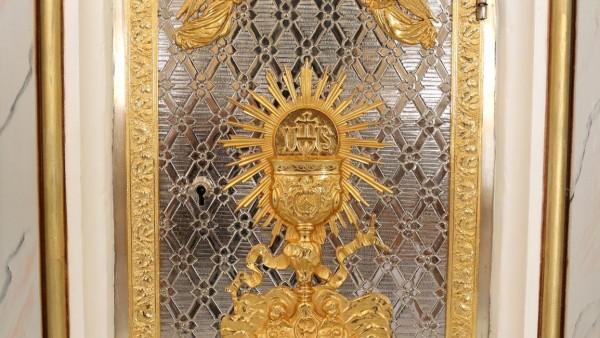 paroquia-sao-pedro-de-garibaldi-conclui-obra-de-restauro-da-igreja-matriz_10_3358.jpg