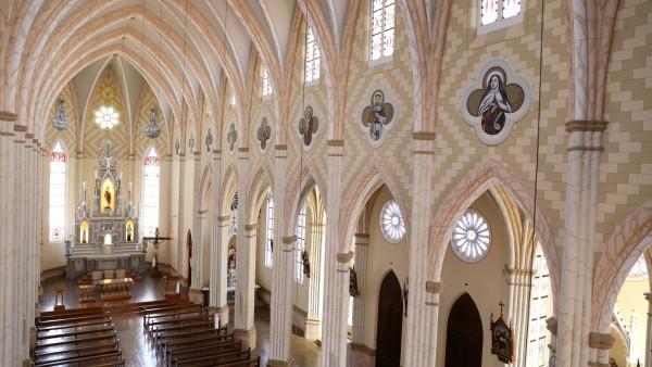 paroquia-sao-pedro-de-garibaldi-conclui-obra-de-restauro-da-igreja-matriz_10_3359.jpg