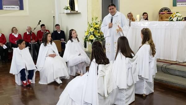 primeira-eucaristia-no-bairro-alfandega_10_2206.jpg