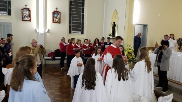 primeira-eucaristia-no-bairro-alfandega_10_2207.jpg