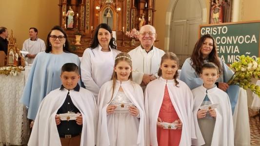 primeira-eucaristia-em-sao-miguel_10_2201.jpg