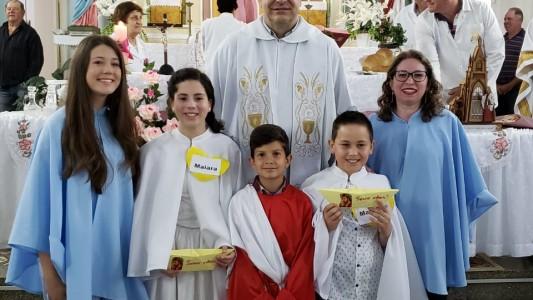 primeira-eucaristia-em-sao-roque-figueira-de-mello_10_3152.jpg