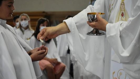 primeira-eucaristia-no-bairro-sao-francisco-2020_10_3788.jpg