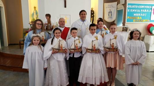 primeira-eucaristia-no-bairro-tres-lagoas_10_2044.jpg
